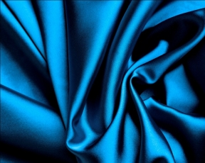 Шелк - что это за ткань? Достоинства и недостатки, особенности ухода и основы правильного выбора.